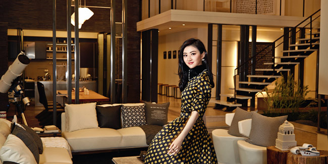 L'actrice chinoise Jing Tian pose pour Cosmo